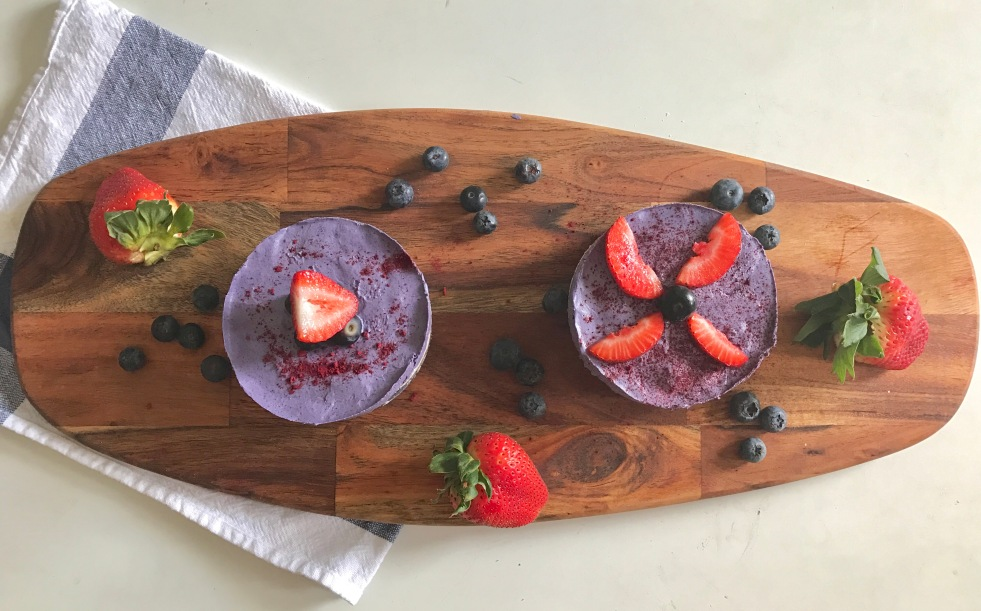 raw vegan no chesse cake blueberries saludable rudivegano